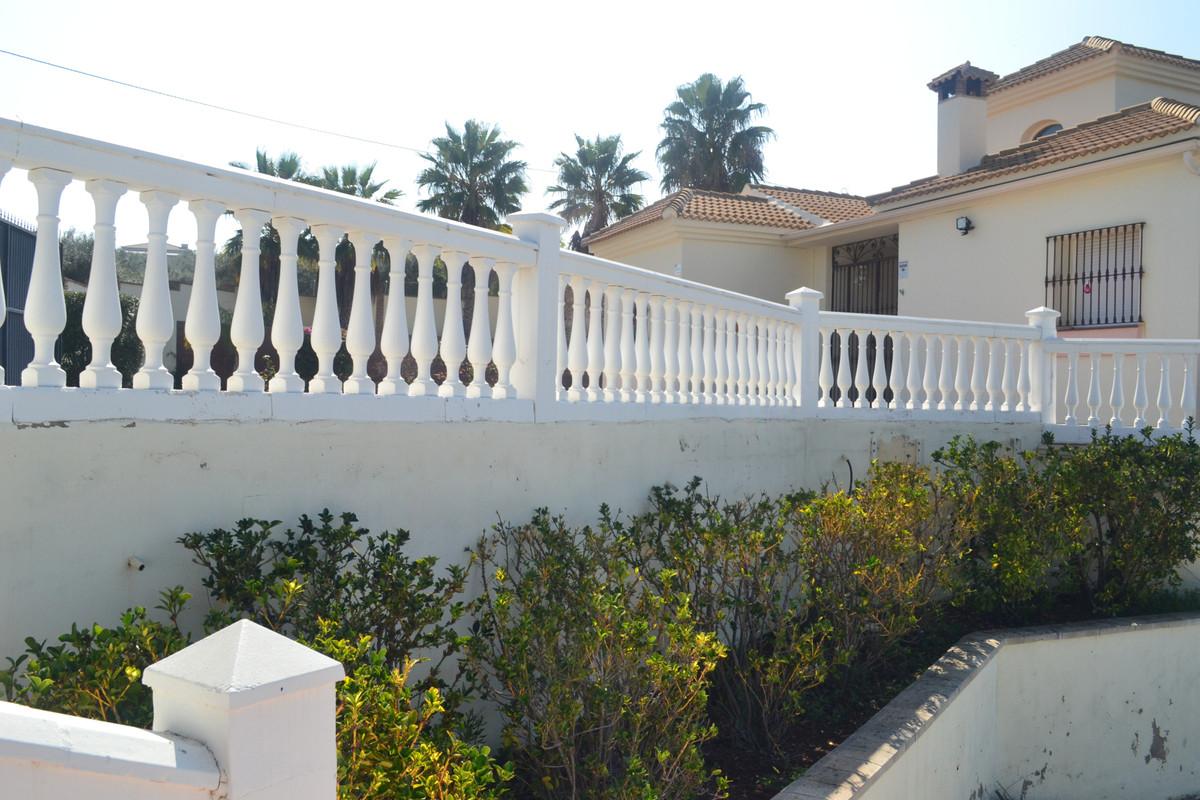House en Alhaurín el Grande R3744406 45