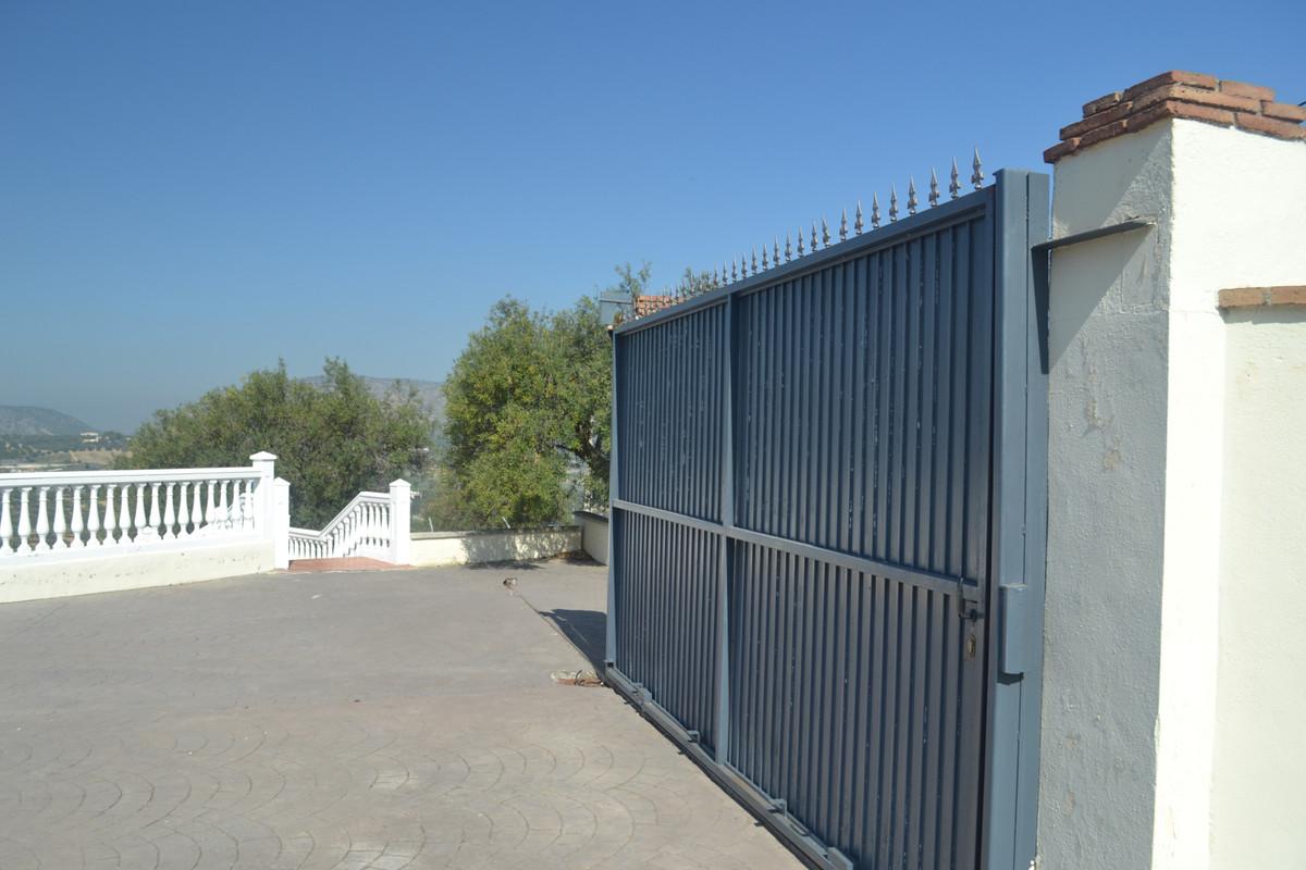 House en Alhaurín el Grande R3744406 47