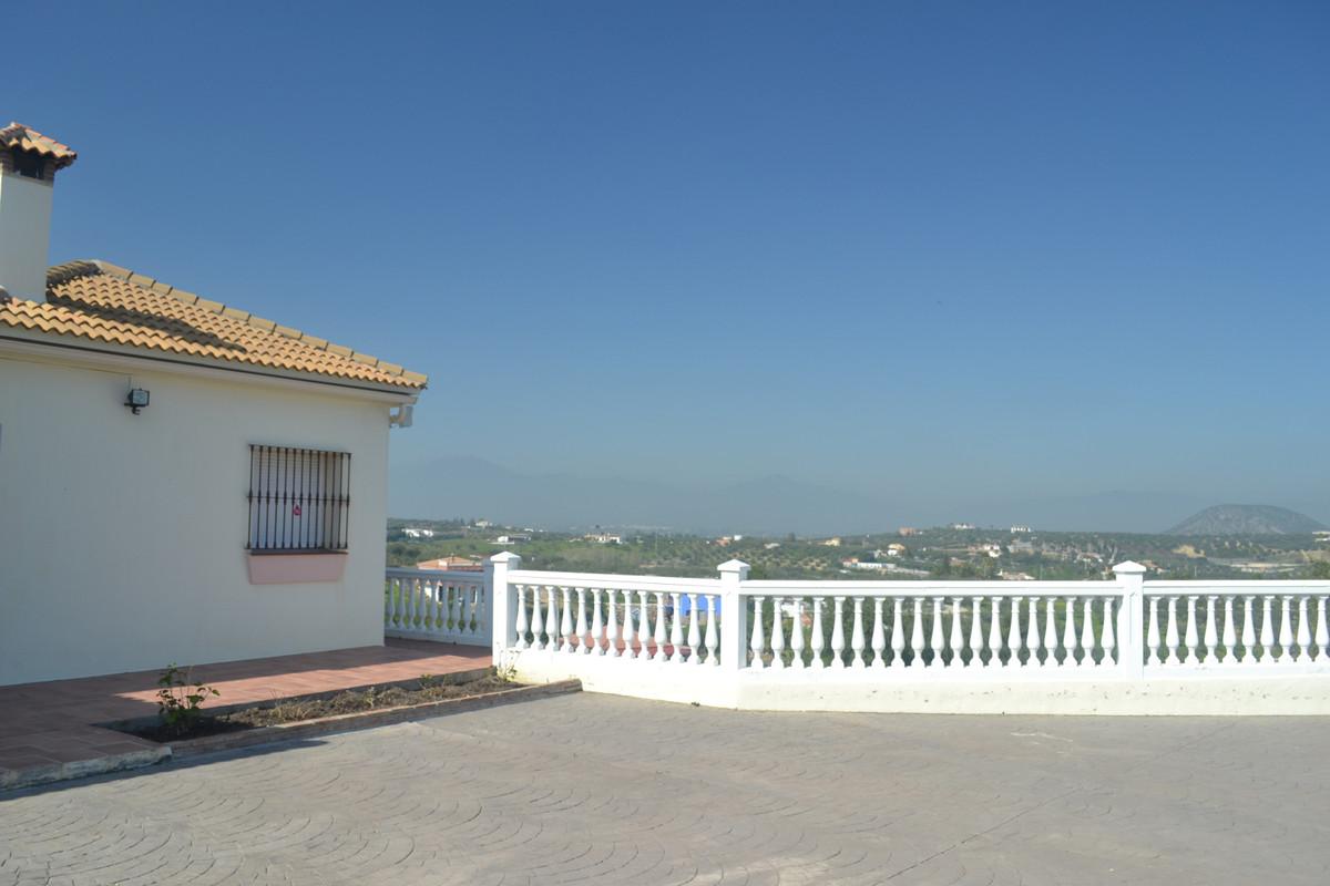 House en Alhaurín el Grande R3744406 7