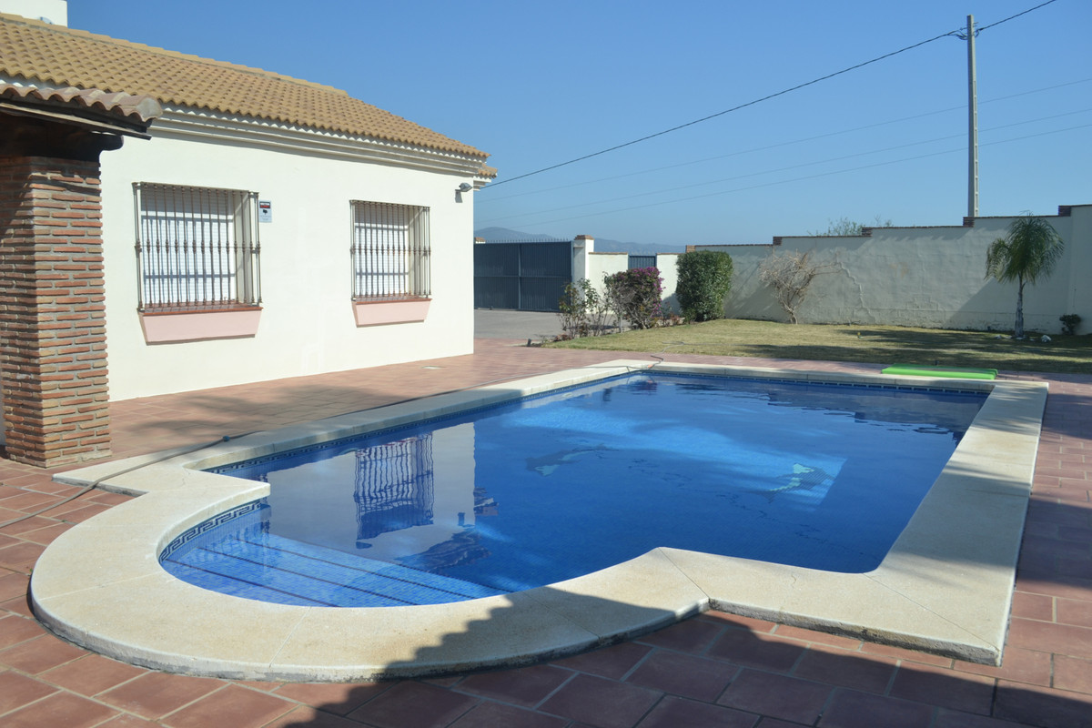 House in Alhaurín el Grande R3744406 8