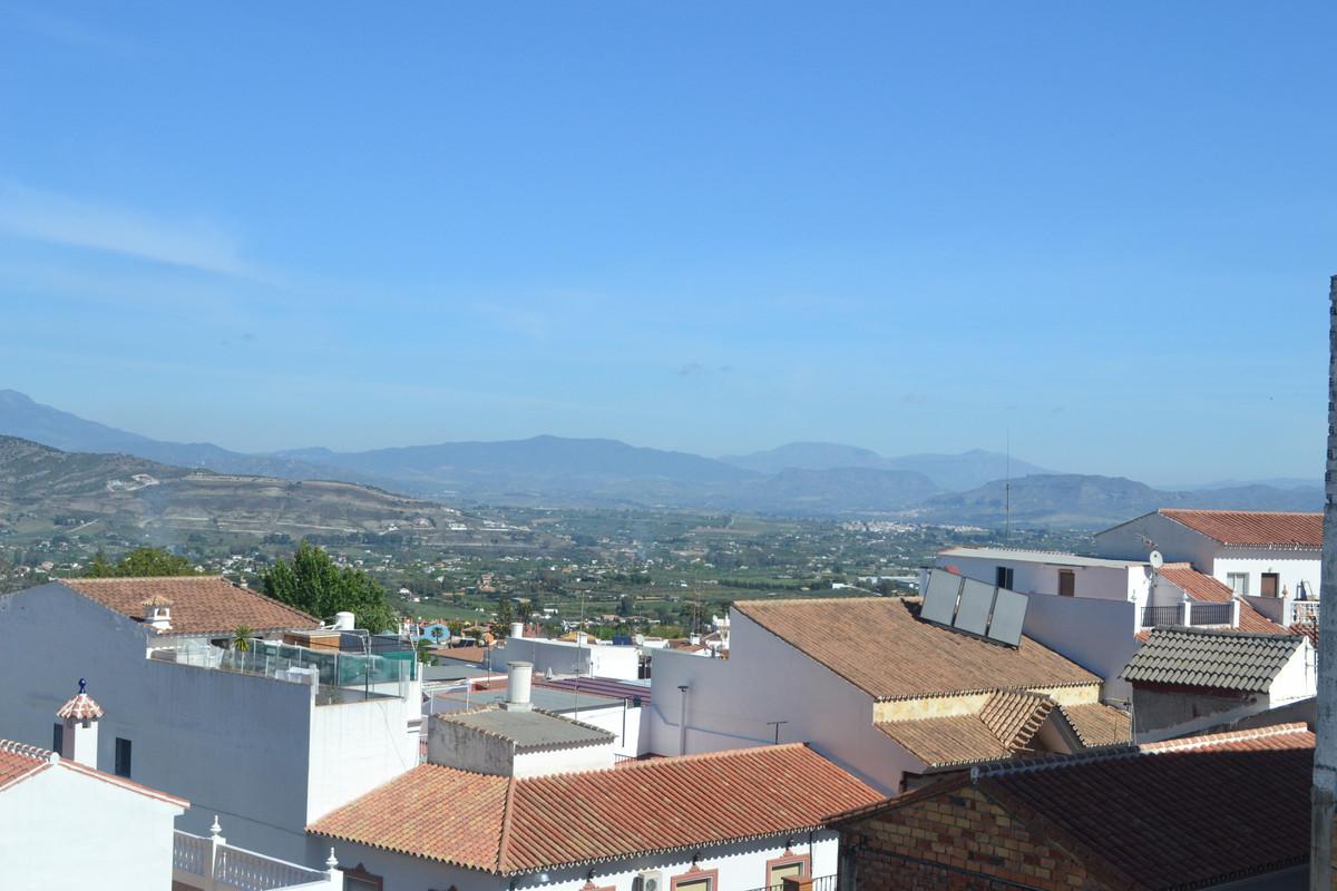3 Bedroom Middle Floor Apartment For Sale Alhaurín el Grande, Costa del Sol - HP3840718