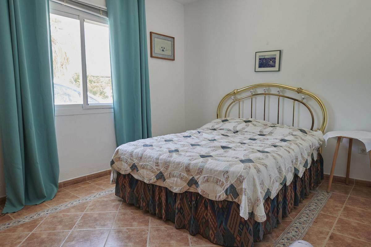 Hus in Alhaurín el Grande R3760006 13