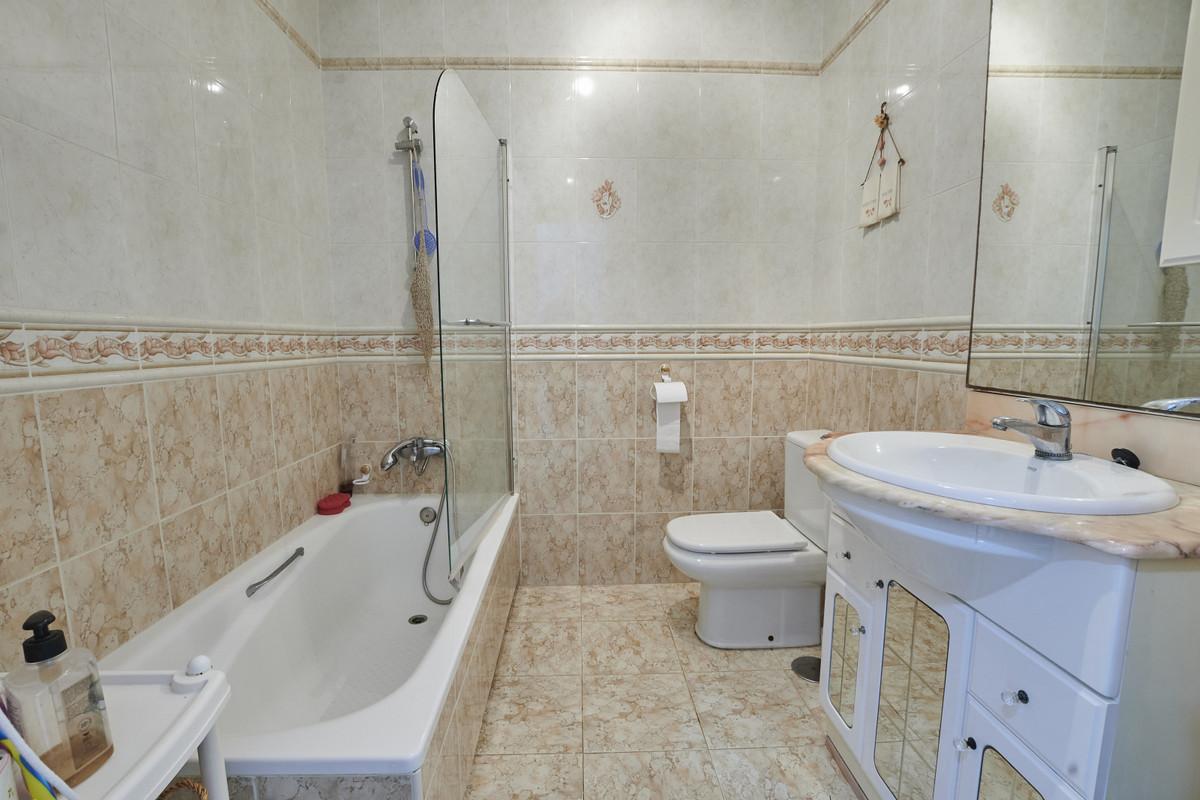 Hus in Alhaurín el Grande R3760006 22