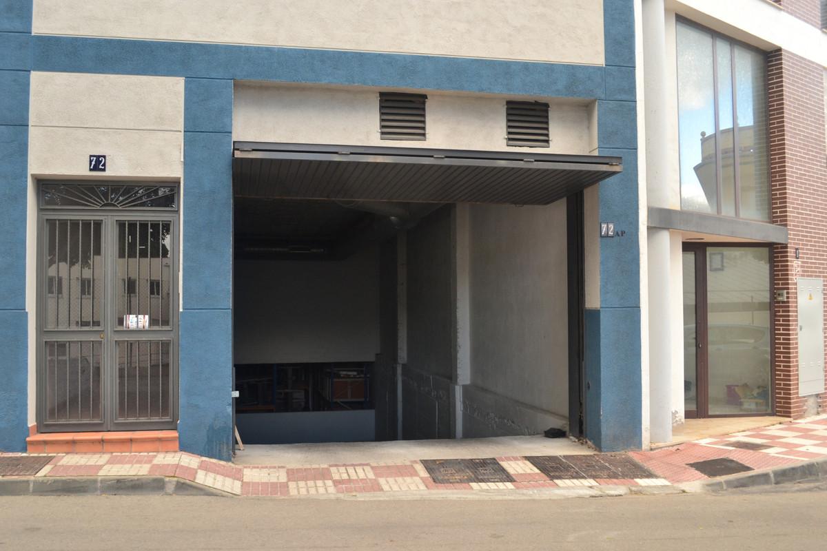 Comercial Aparcamiento 0 Dormitorio(s) en Venta Alhaurín el Grande