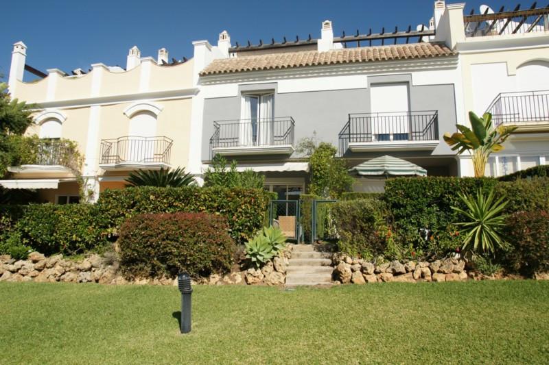 Townhouse in Bahia de Marbella