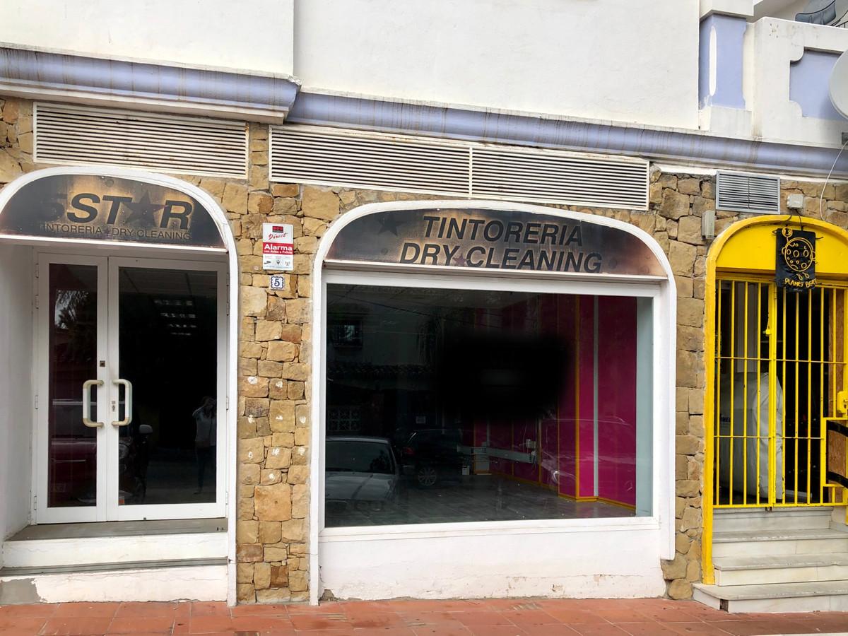 Lokale Użytkowe na sprzedaż w Nueva Andalucía R3712232