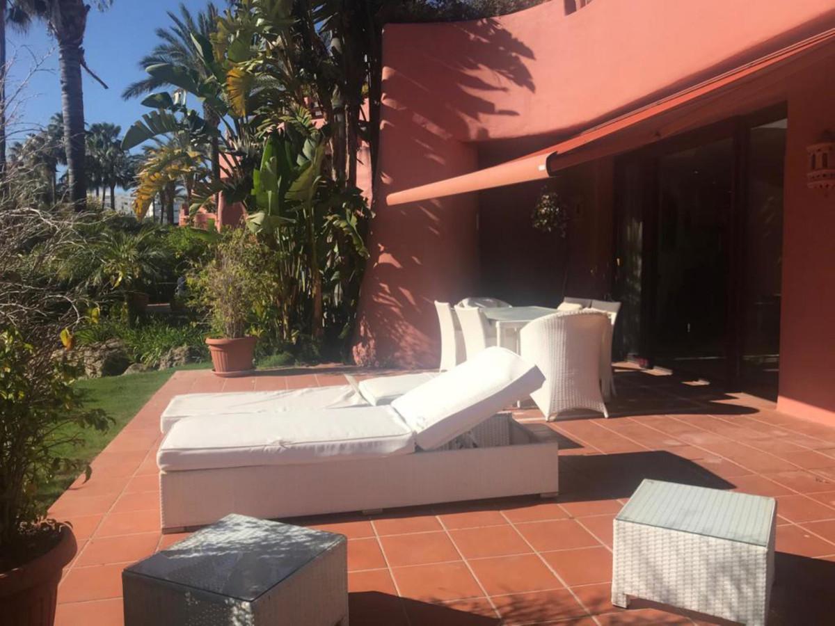 Apartment Ground Floor in New Golden Mile, Costa del Sol