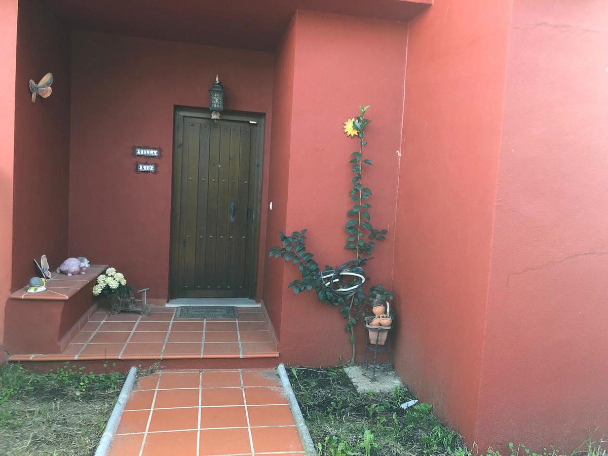 Semi-Detached House in La Alcaidesa