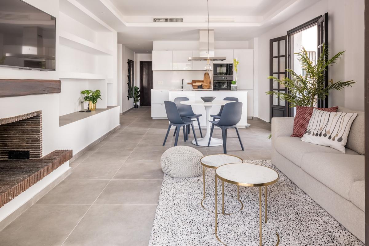 3 bedroom apartment for sale puerto banus