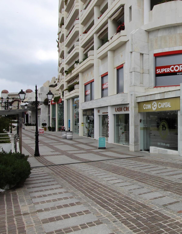 Office in Puerto Banús