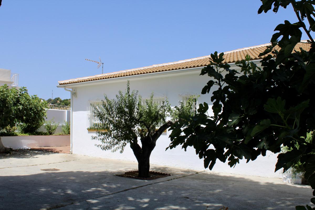 Hus in Alhaurín de la Torre R3666431 3