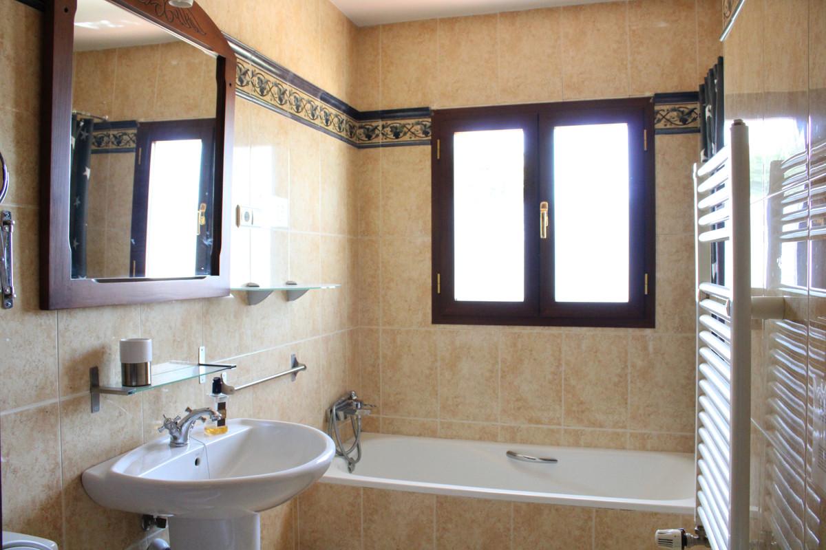 House in Alhaurín el Grande R3662909 13