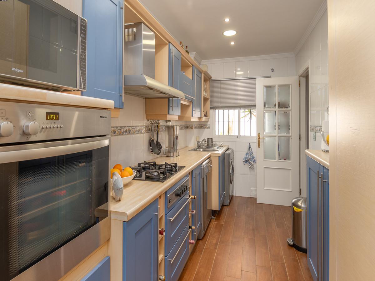 3 Bedroom Middle Floor Apartment For Sale La Cala de Mijas