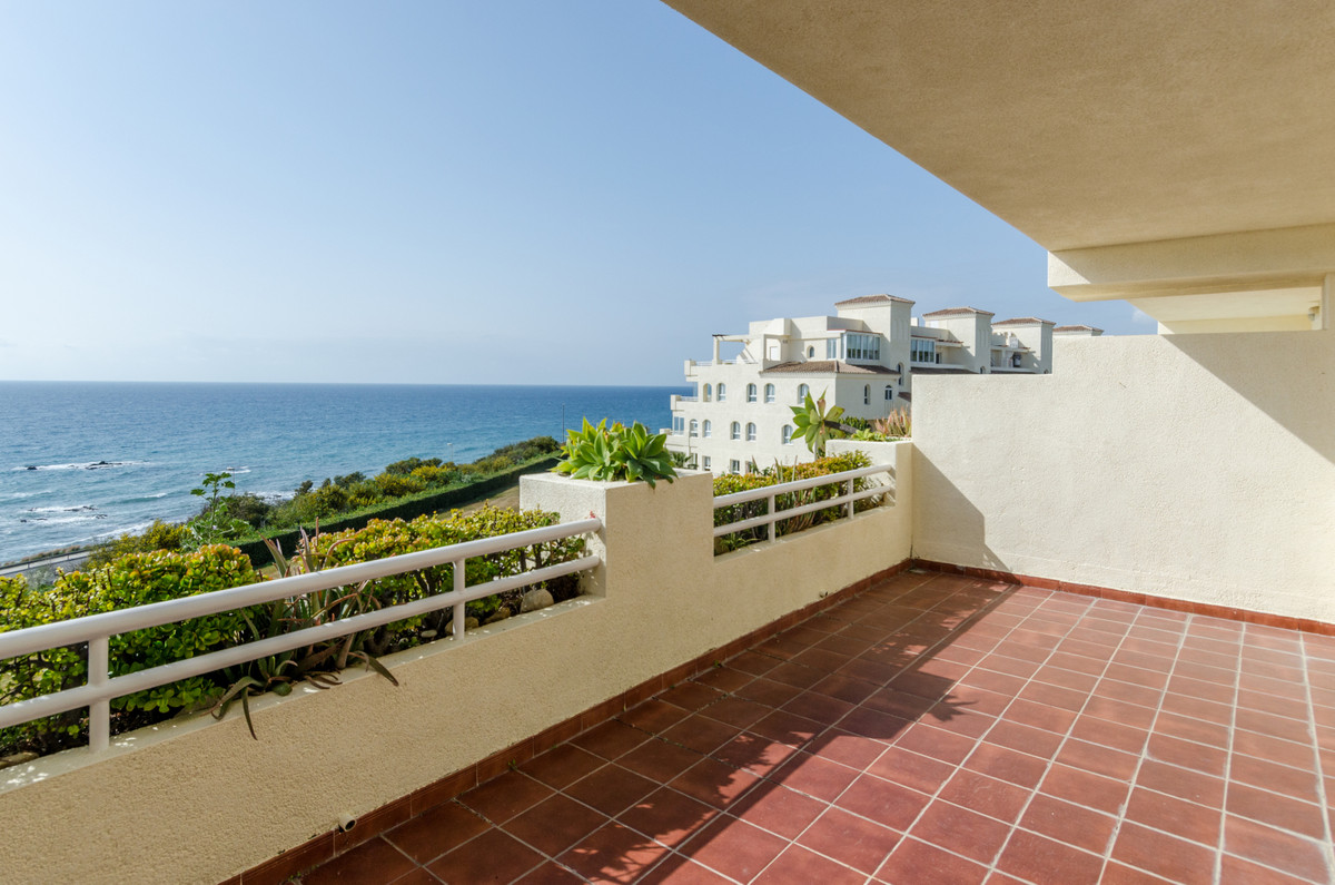 JUST REDUCED! Situated overlooking the sea in a beautiful community with beautiful gardens and pools,Spain
