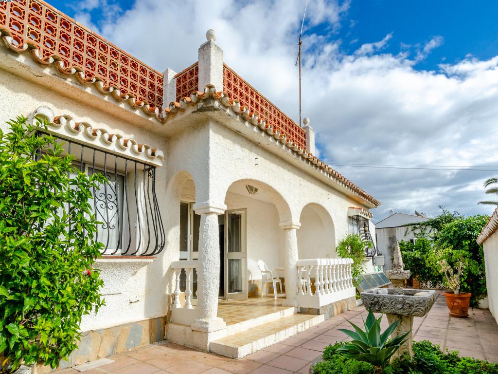 Villa - El Chaparral