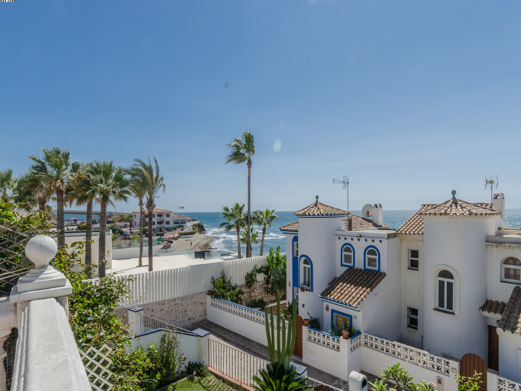 PRICE REDUCED TO SELL! Second line from the beach! A lovely semi detached house with sea views from ,Spain