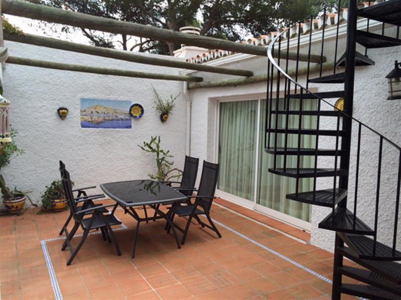 House in Calahonda R2399783 2