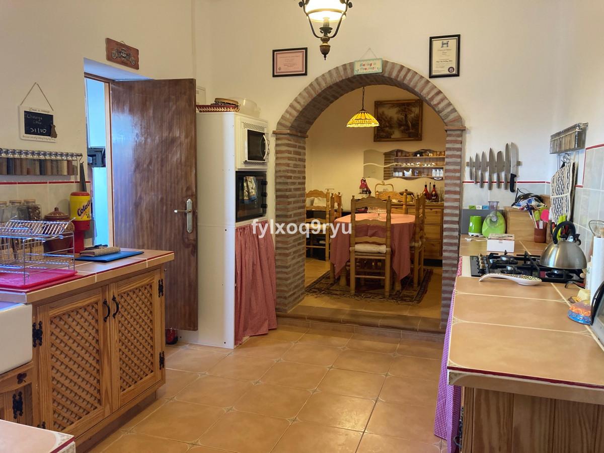 Finca - Cortijo, Casabermeja, Costa del Sol. 2 Bedrooms, 1 Bathroom, Built 64 m², Garden/Plot 7300 m,Spain