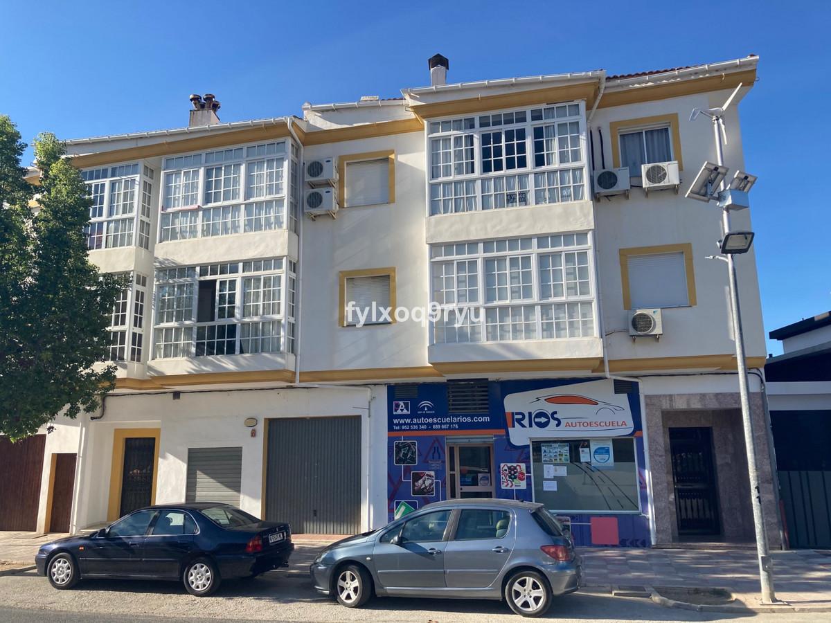 Middle Floor Apartment, Periana, Costa del Sol East. 3 Bedrooms, 2 Bathrooms, Built 89 m², Garden/Pl,Spain