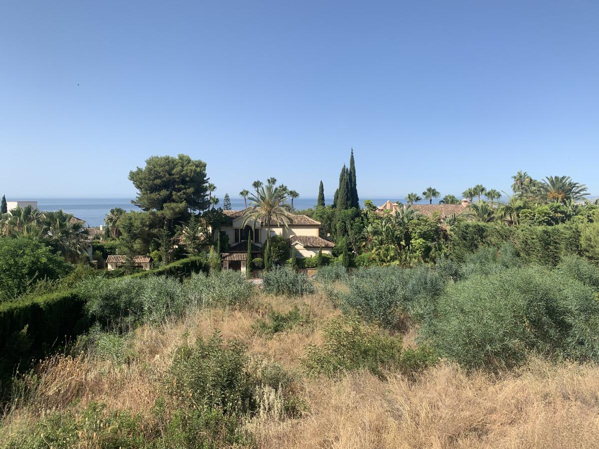 Residential Plot, Sierra Blanca, Costa del Sol. Garden/Plot 1473 m².  Orientation : South. Views : S,Spain