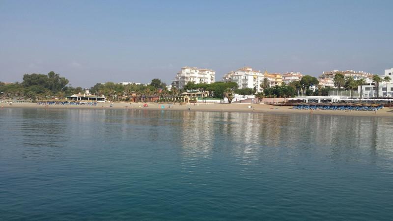 Fantastico apartamento , Puerto Banus , urbanizacion primera linea playa . Andalucia del Mar . Total,Spain