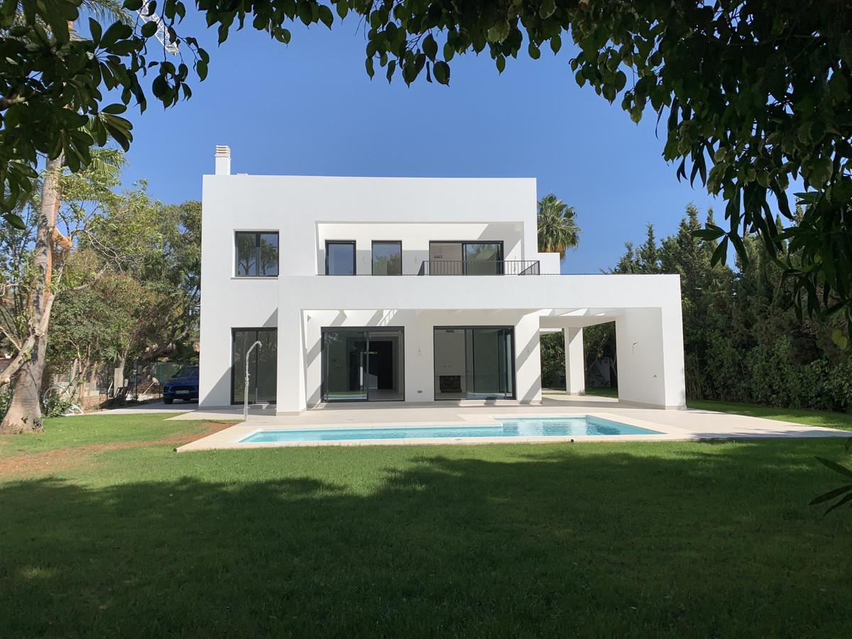 House in Atalaya R3481348 1