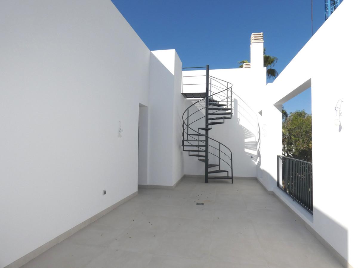 House in Atalaya R3481348 12
