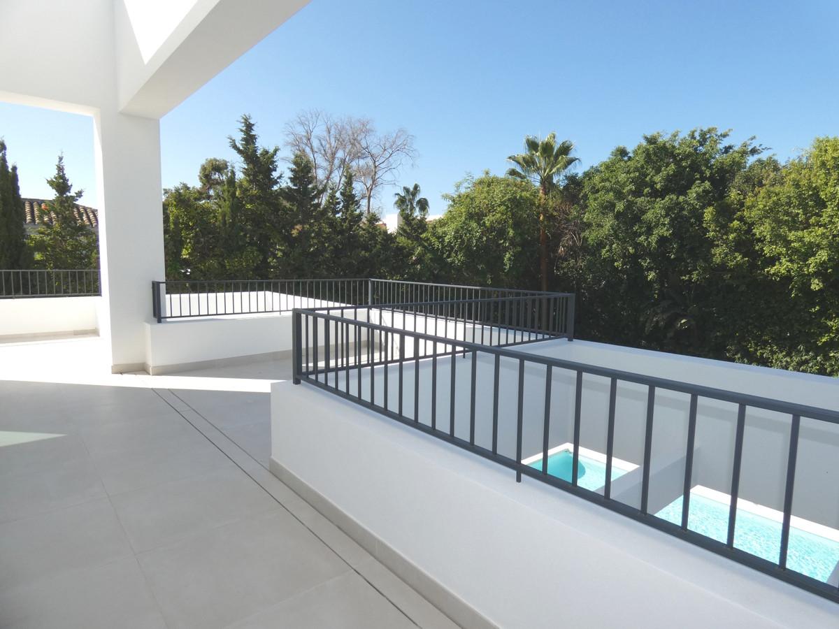 House in Atalaya R3481348 3