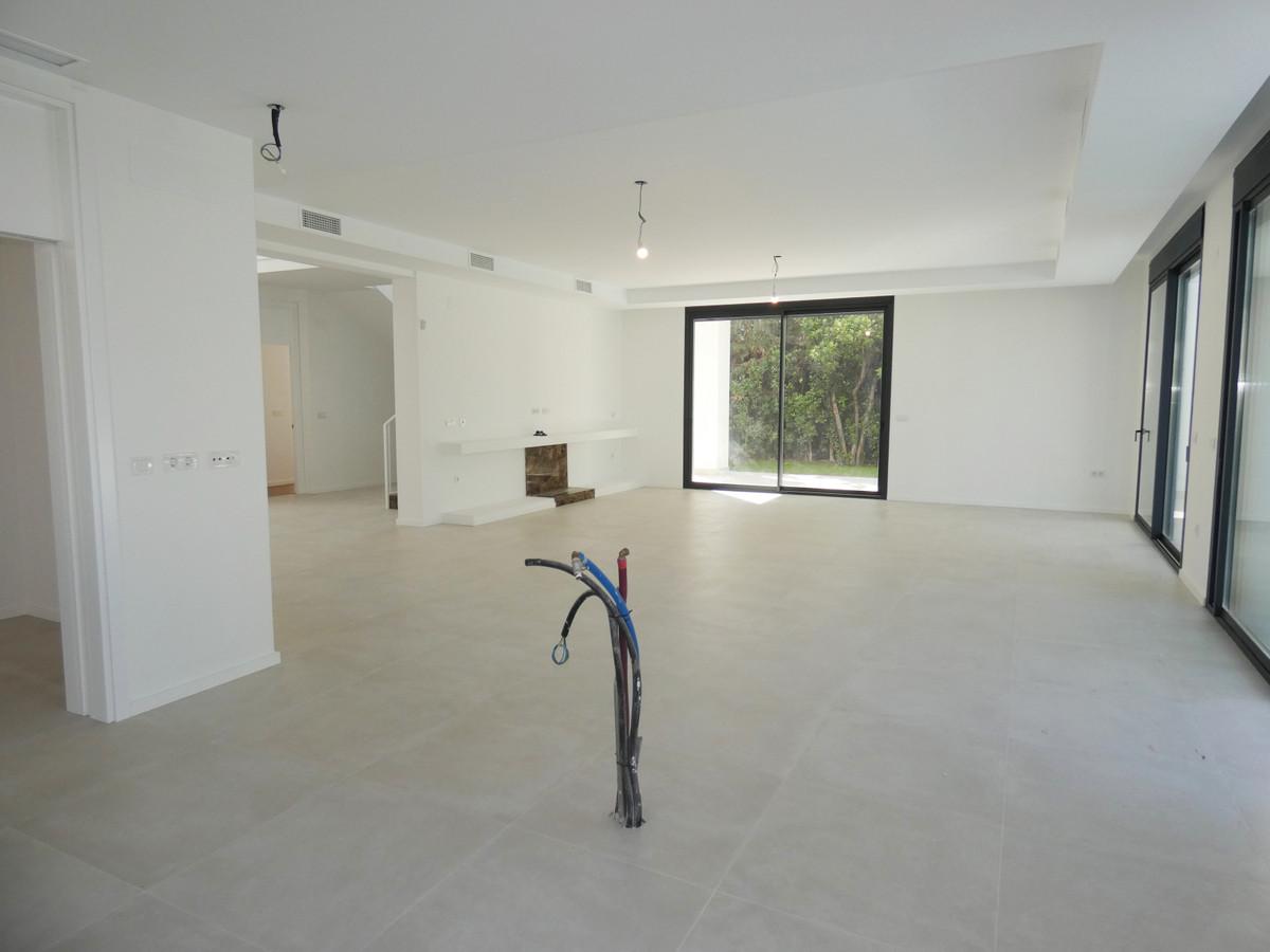 House in Atalaya R3481348 6