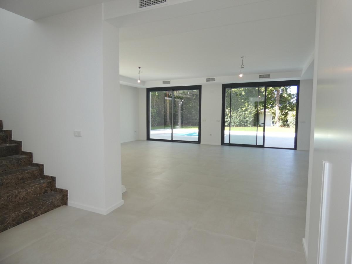 House in Atalaya R3481348 9
