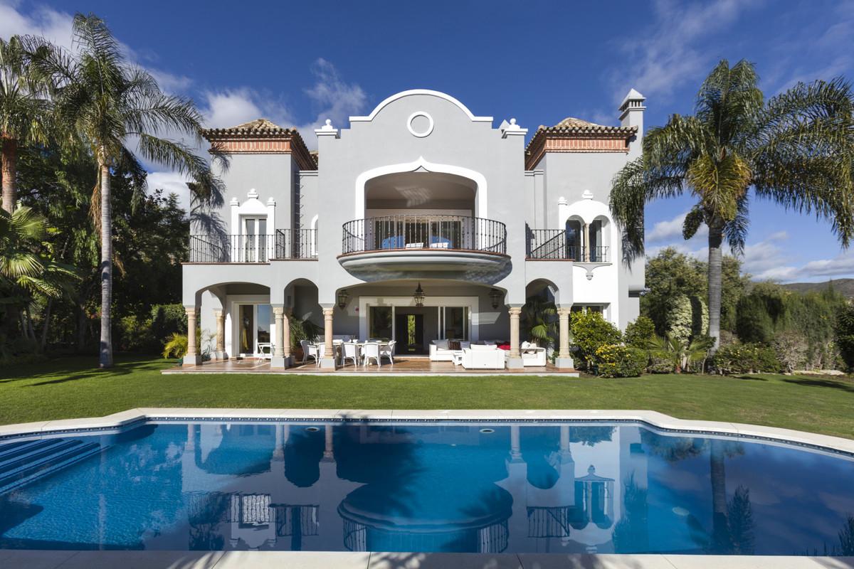 Villa  Independiente en venta   en La Quinta