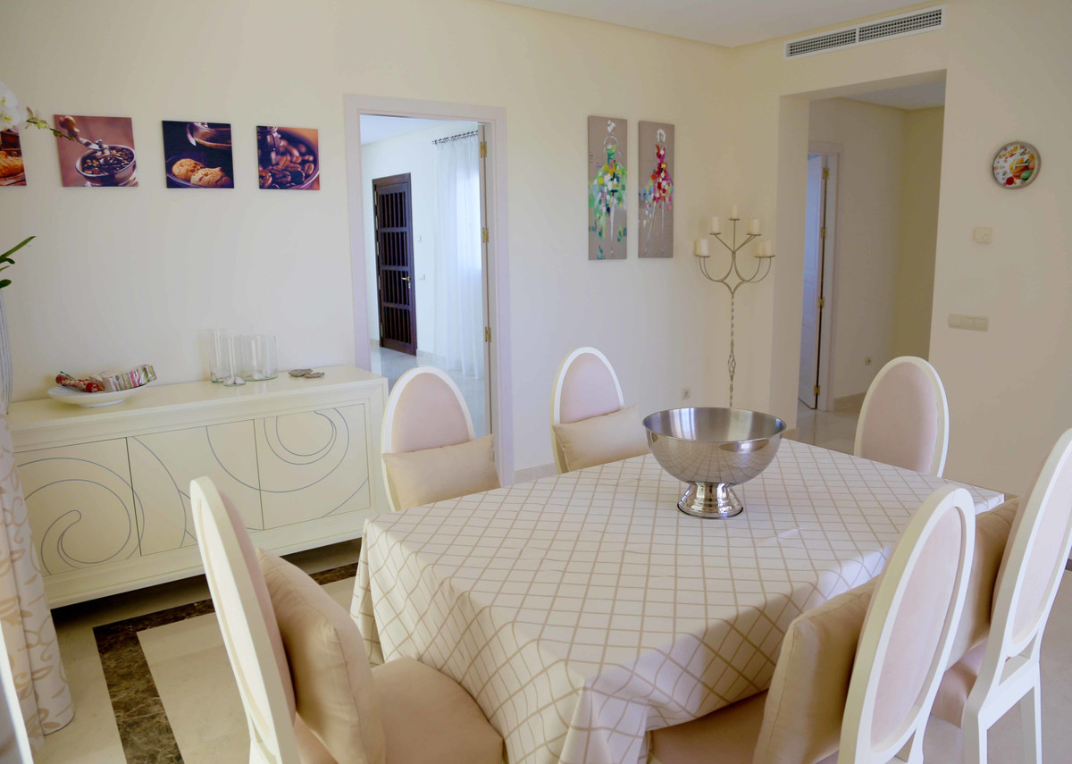 House in Selwo R3085240 31