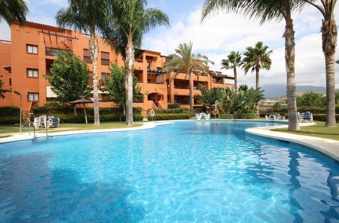 Middle Floor Apartment, Benahavis, Costa del Sol. 3 Bedrooms, 2 Bathrooms, Built 120 m², Terrace 29 ,Spain