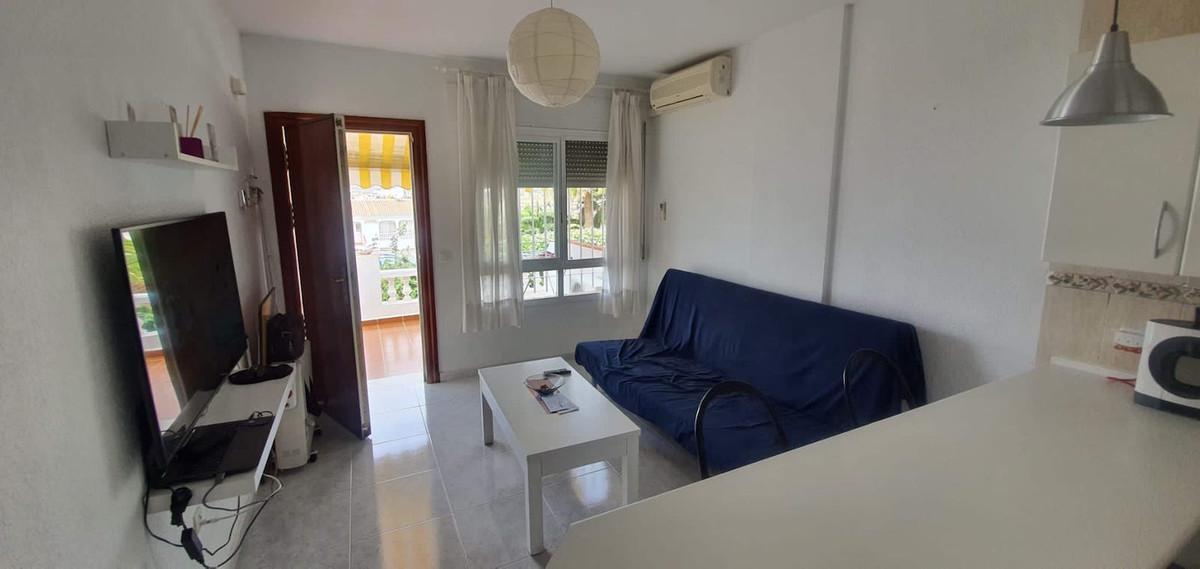 Middle Floor Apartment in Torrox