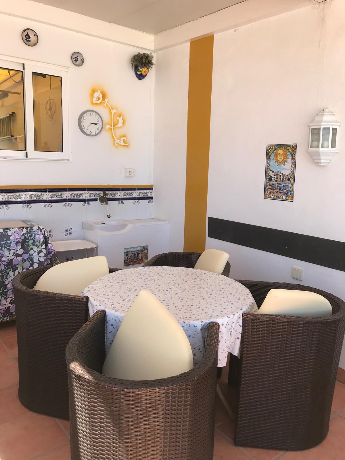 R3451909: Villa - Detached for sale in Torrox Costa