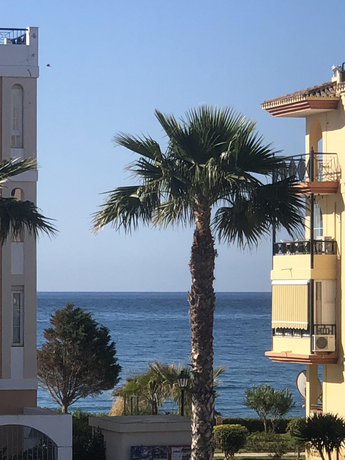 R3267019: Apartment - Middle Floor for sale in Torrox Costa