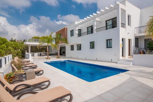 "Bespoke designed, luxury residence in modern style on the exclusive ""Cortijos San Rafael"" ,Spain"