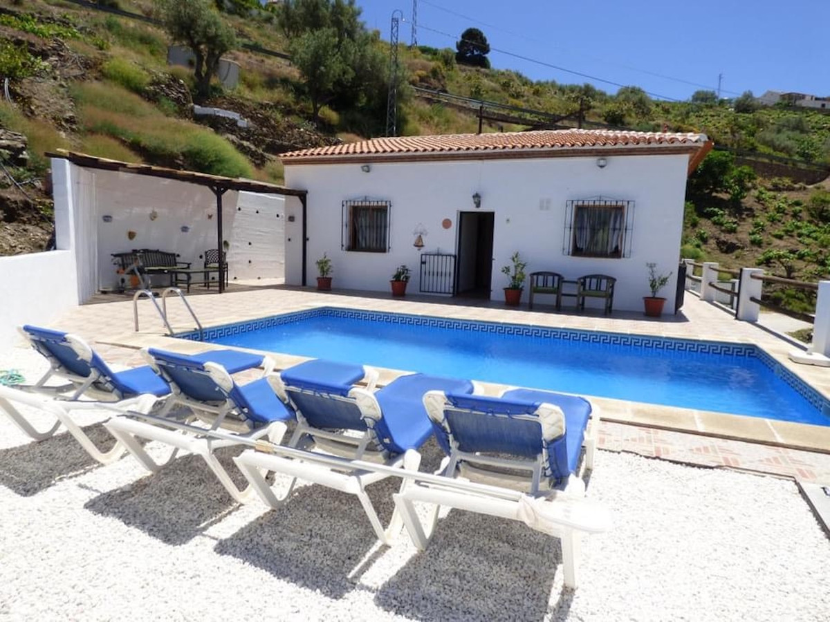 Ref:R3261049 Villa - Detached For Sale in Torrox