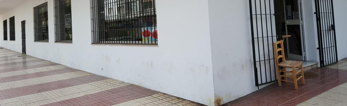 Tienda a la venta en San Pedro de Alcántara