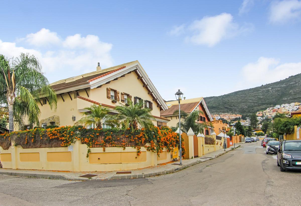 3 Bedroom Villa For Sale, Alhaurín de la Torre