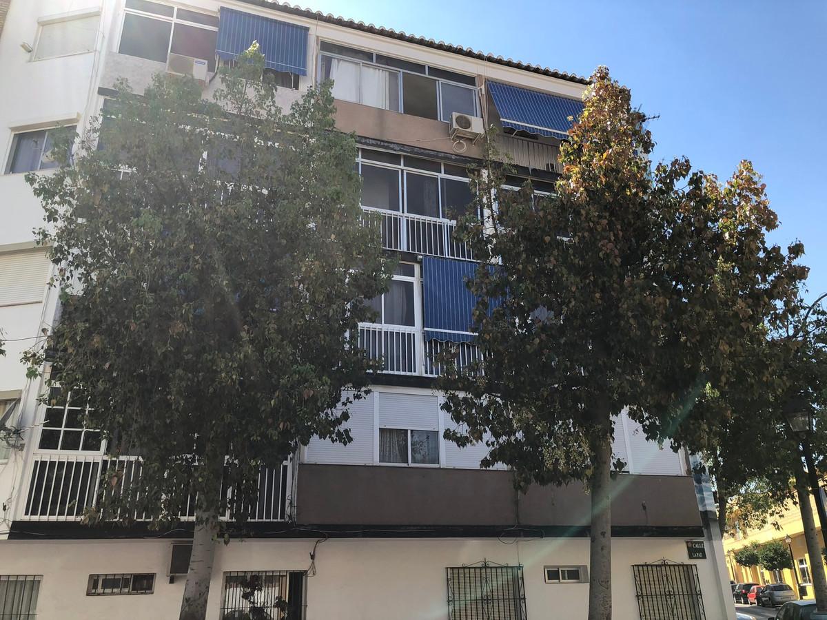 This three bedroom apartment in Boquetillo (near the Avenida de Mijas)  Fuengirola needs new owner w,Spain