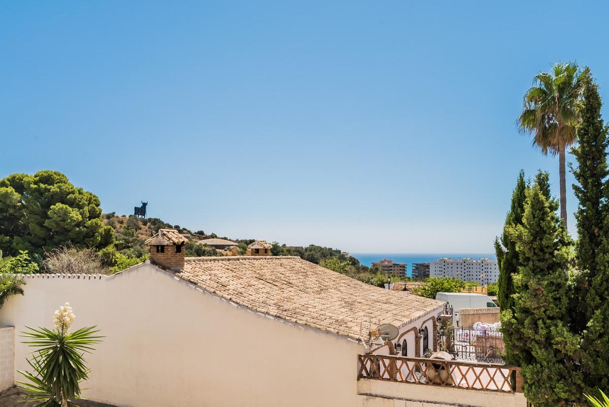 Middle Floor Apartment, Los Pacos, Costa del Sol. 1 Bedroom, 1 Bathroom, Built 50 m², Terrace 12 m².,Spain