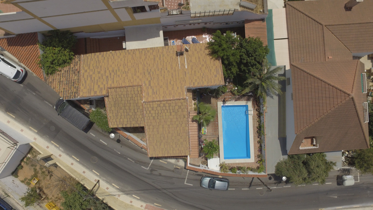 Villa  Independiente en venta   en Málaga