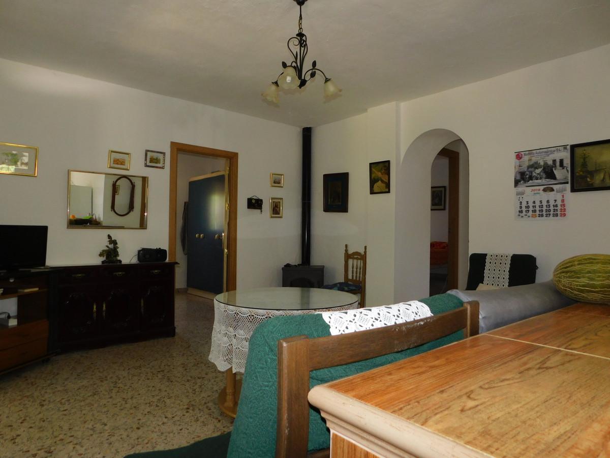 Villa con 3 Dormitorios en Venta Guaro