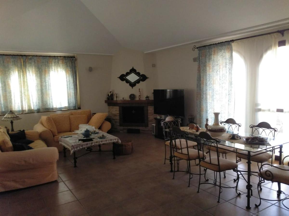 House in Alhaurín de la Torre R3535663 2
