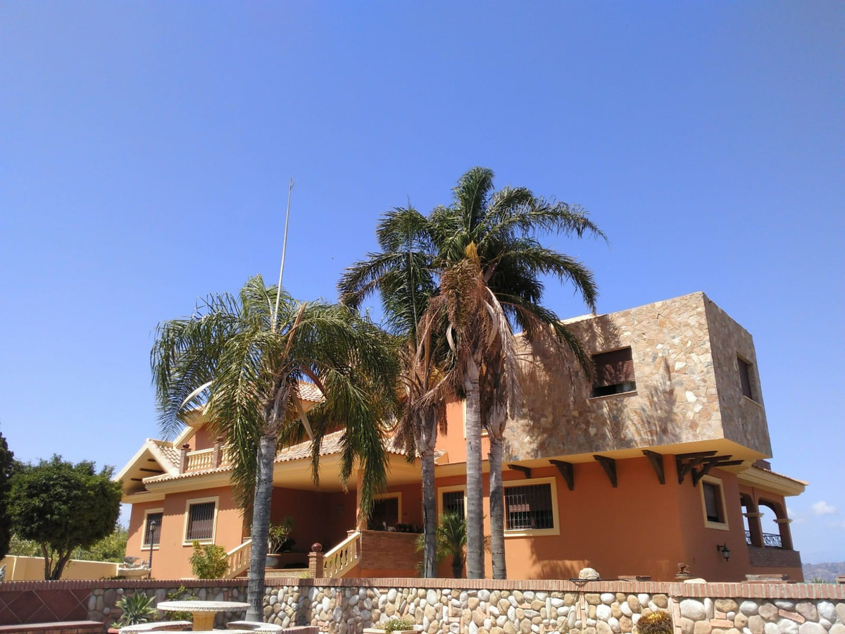 Hus in Alhaurín de la Torre R3535663 3
