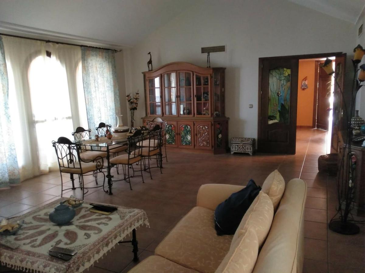 House in Alhaurín de la Torre R3535663 5