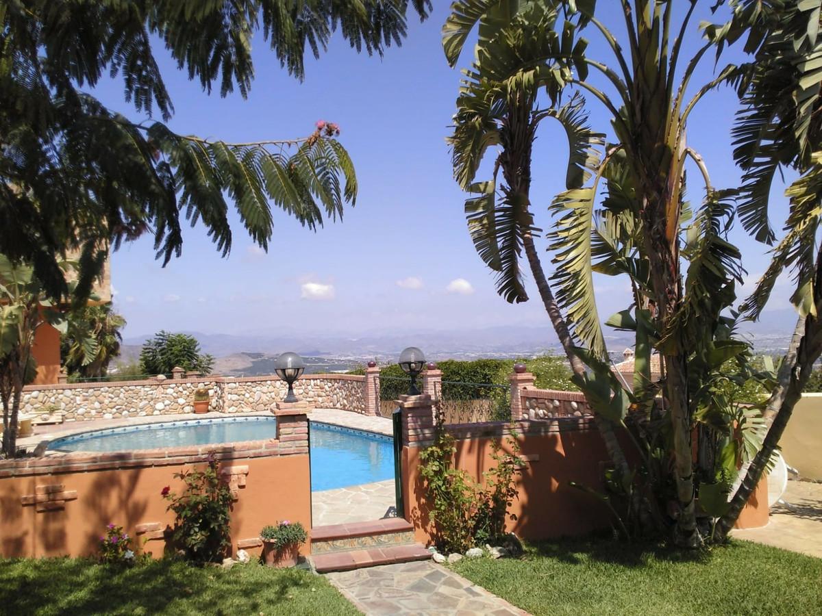 House in Alhaurín de la Torre R3535663 9