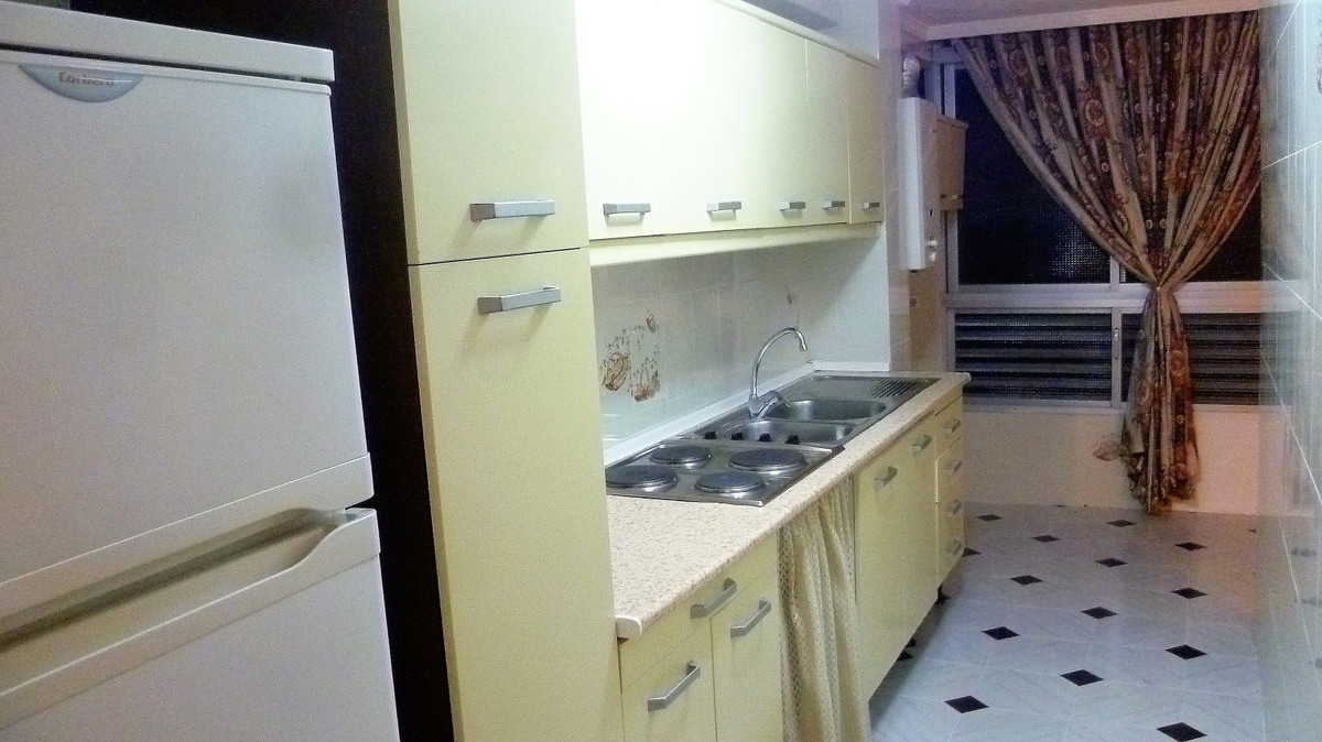 3 bedroom apartment for sale malaga