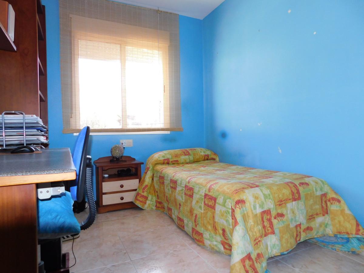 House in Alhaurín de la Torre R3202144 12